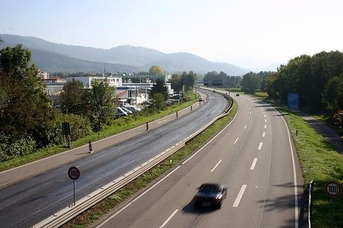 Geschwindigkeitsbeschränkung am Ende der Autobahn? width=
