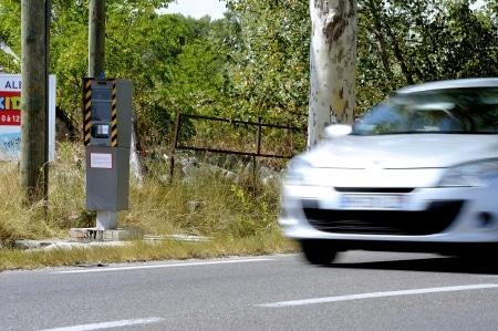 Fahreridentifizierung auf der Grundlage eines Lichtbilds (Radarfotos)