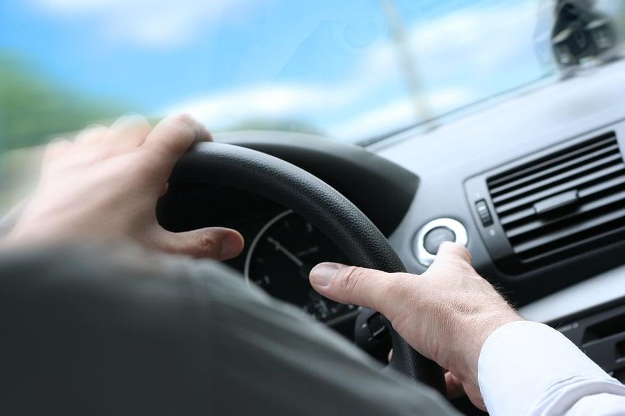 Absehen von Fahrverbot bei angedrohter Kündigung Arbeitsplatz