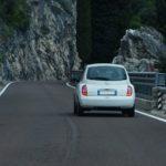 Geschwindigkeitsbeschränkung aufgrund Rechtskurve gilt mit Ende der Kurve nicht mehr