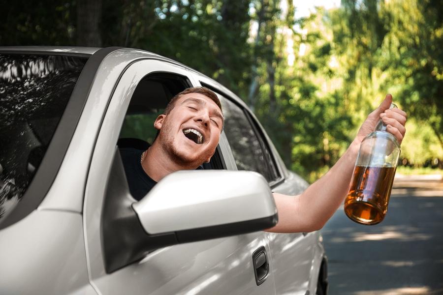 Entziehung der Fahrerlaubnis bei Jugendlichen und Heranwachsenden wegen Trunkenheit im Verkehr