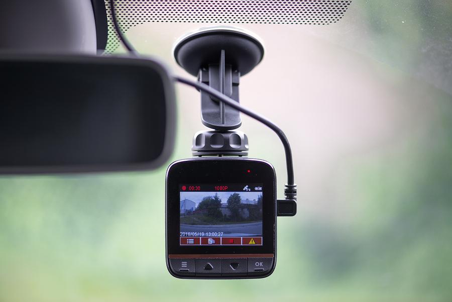 Dashcam-Beschlagnahme bei Möglichkeit der Anzeige von Geschwindigkeitsmessstellen