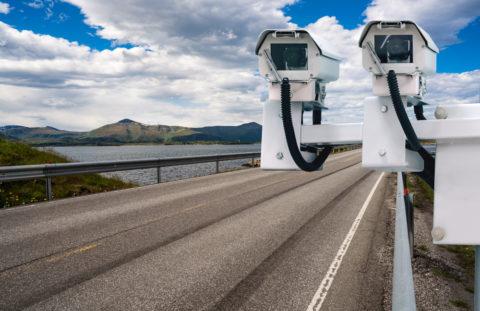 Geschwindigkeitsüberschreitung - Absehen vom Fahrverbot wegen wirtschaftlicher Härte