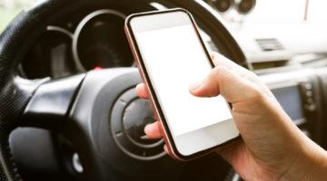 Taschenrechnerbenutzung im Fahrzeug als Fahrzeugführer während der Fahrt