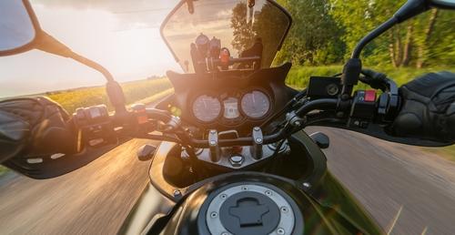 Geschwindigkeitsmessung mit Riegl FG21-P bei Motorradfahrer - Abzug weiterer Toleranzwerte