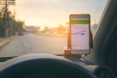 Verbotswidrige Mobilfunktelefonnutzung bei Google-Maps-Nutzung?