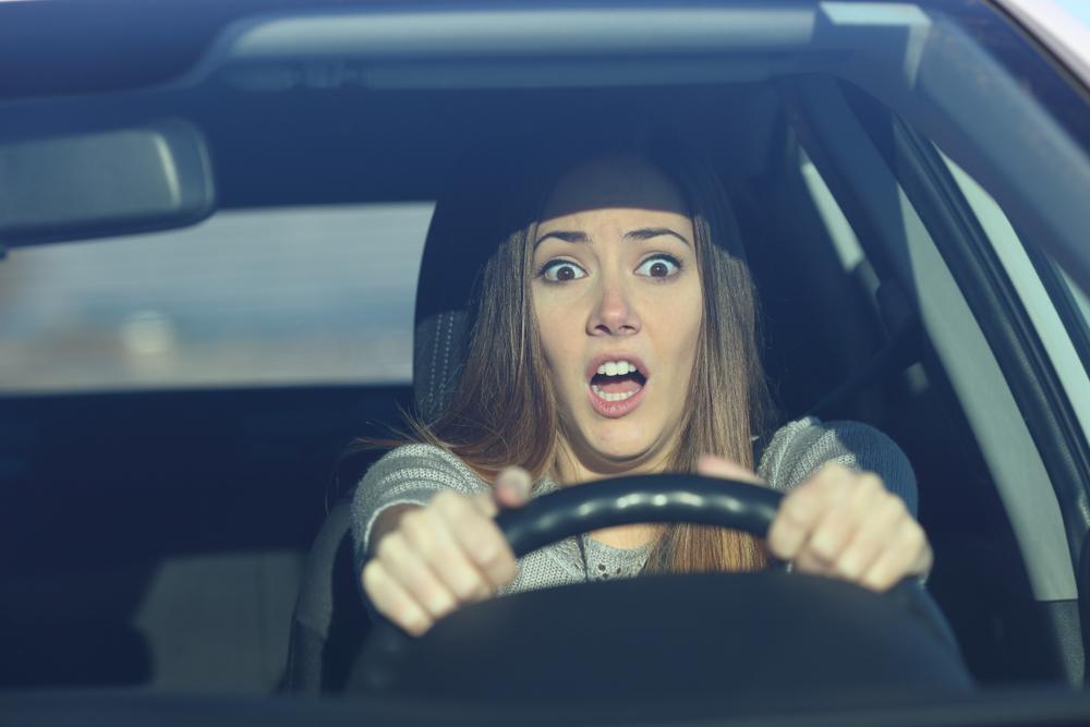Absehen vom Regelfahrverbot bei Fahrt mit fremdem Fahrzeug - Augenblicksversagens