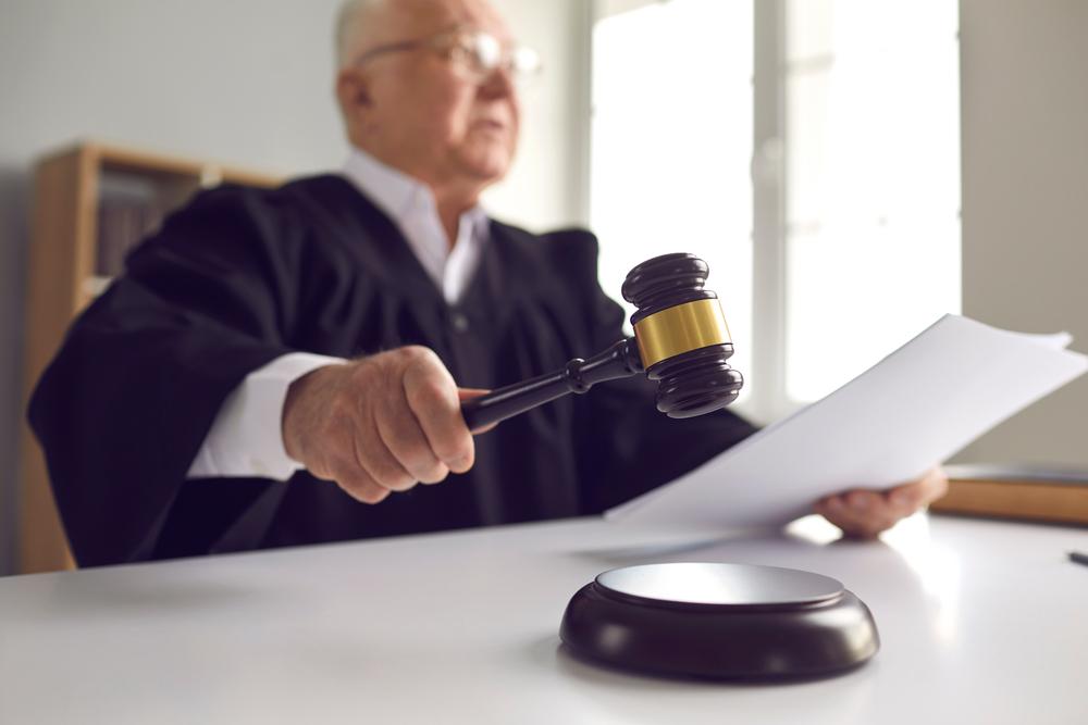 Erlass Sachurteil nach Nichterscheinen des Betroffenen in Hauptverhandlung