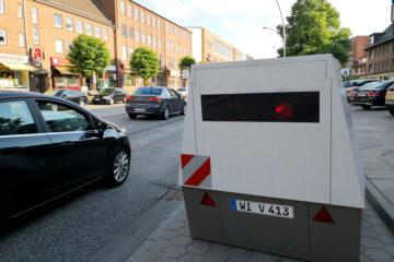 Geschwindigkeitsmessung mit PoliScanSpeed aus Enforcement Trailer